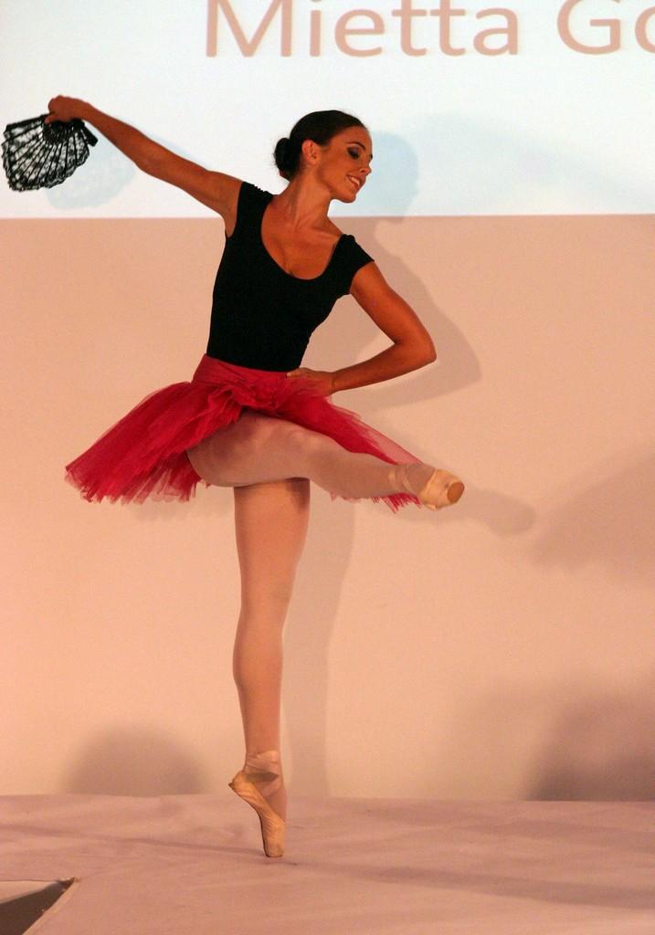 Mietta Gornall Ballet Performance