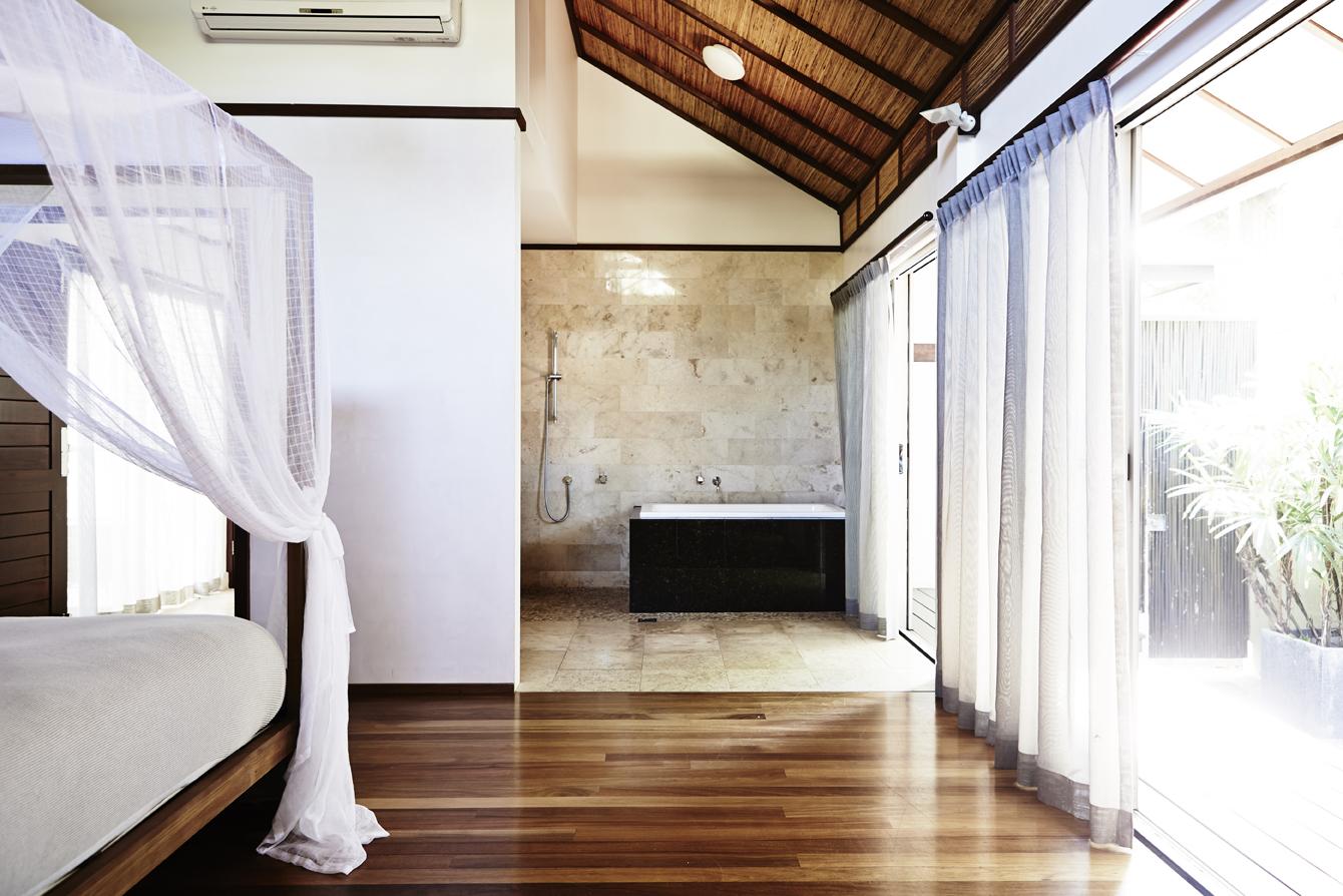 Bathroom - Villas of Byron