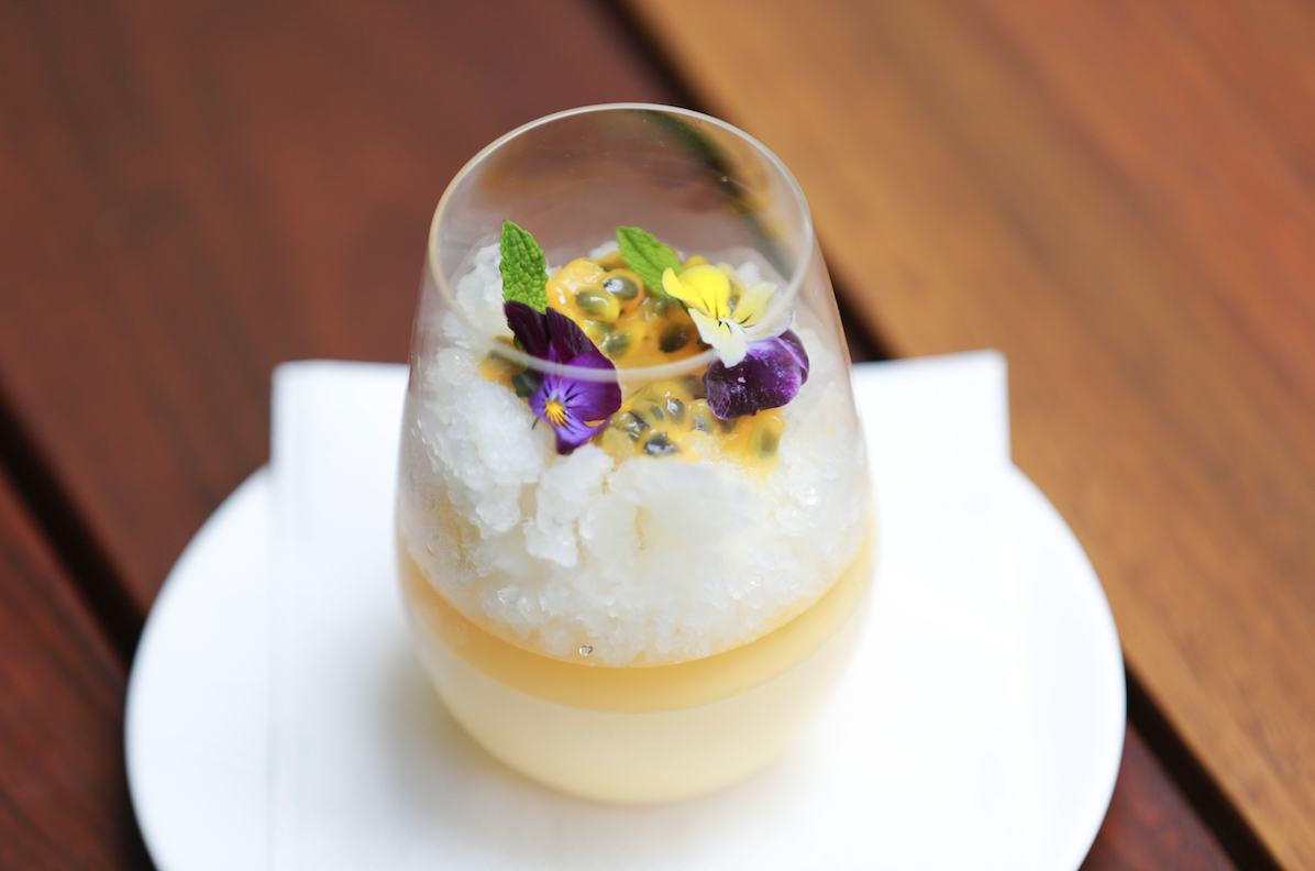 Rekorderlig passion fruit cider mousse with lime granita