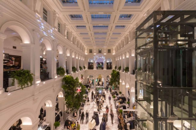 H&M at Melbourne's GPO