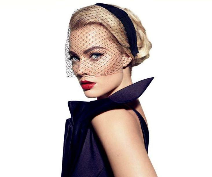 Margot Robbie - The Eyebrow Queen