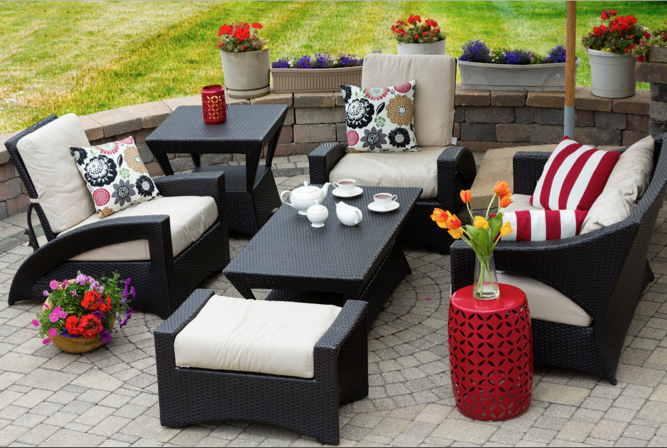 How To Improve Your Home With Outdoor Furniture