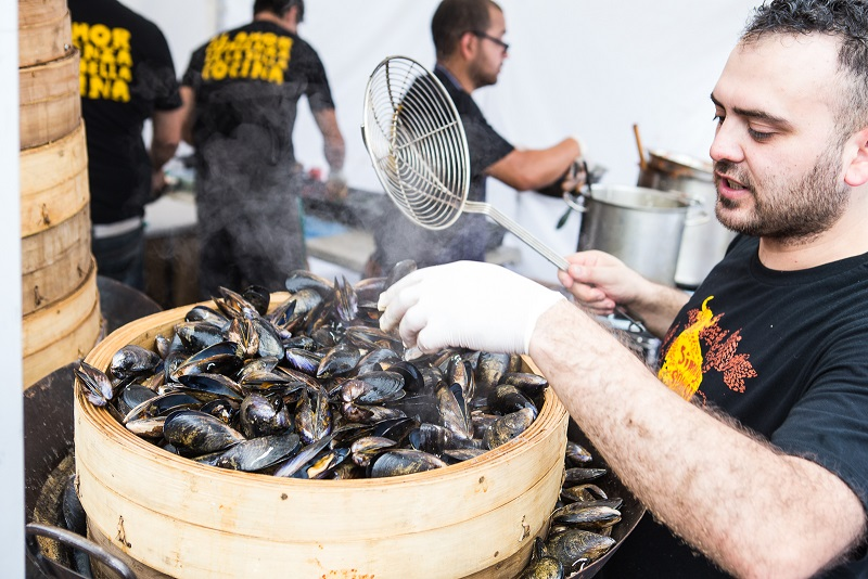 Seafood Street Party; Port Phillip Mussel Festival, South Melbourne Market, March 12 & 13, 2016 Pix 9 LR