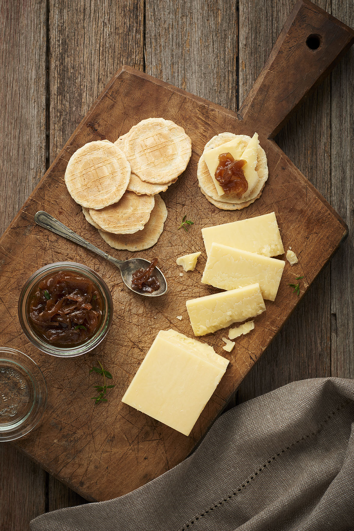 Warrnambool Cheese & Butter - Cracker Barrell Extra Sharp