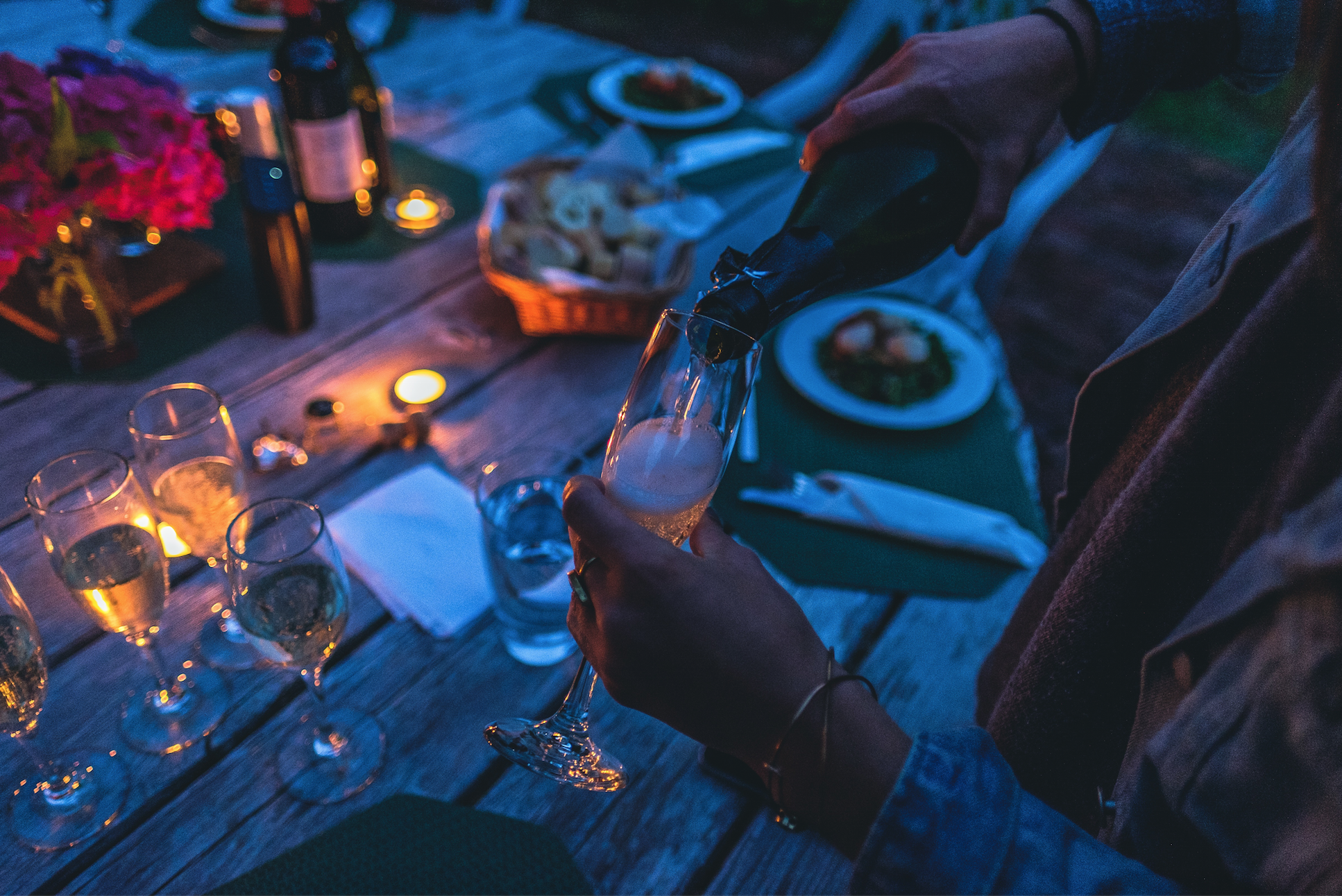 Entertainment Ideas For Your Next Dinner Party