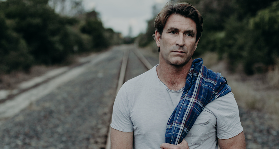 Pete Murray Shares New Single & Video 'Found My Place'