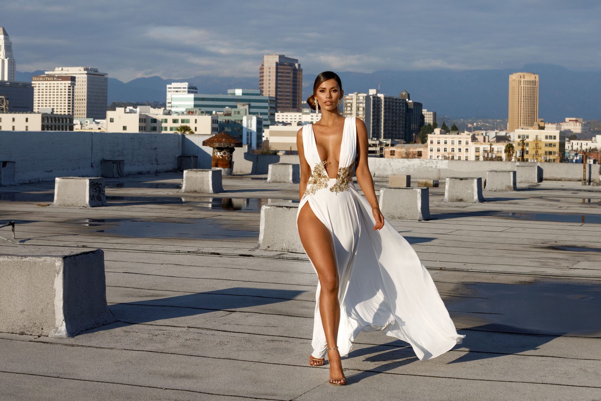 From Sydney To Hollywood The Kardashians Little Known Aussie Fashion Designer Onya Magazineonya Magazine